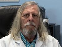 פרופ' דידייה ראול, מומחה למחלות מדבקות  / צילום: Daniel Cole, Associated Press