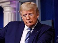הנשיא דונלד טראמפ בבית הלבן בשבוע שעבר. המגפה הגלובלית דווקא הייתה יכולה להיות שעתו היפה  / צילום: Patrick Semansky, Associated Press
