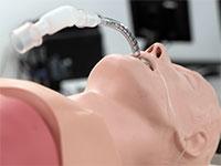 """בובה שמשמשת כחלק מהסימולטור לבדיקת מכונות ההנשמה  / צילום: דו""""צ"""