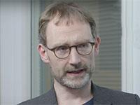 פרופ' ניל פרגוסון / צילום: מתוך יוטיוב