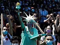 הפגנת מחאה בשיקגו בשבוע שעבר / צילום: Nam Y. Huh, Associated Press