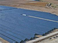 מתקנים סולאריים של משק אנרגיה / צילום: מצגת החברה