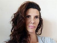 אמילי בקר, בעלת קליניקה לרפואה משלימה ולטנטרה יוגה     / צילום: תמונה פרטית