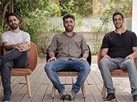 מימין: אייל רז, איציק אלבז, עירא בלסקי, ממייסדי ארטליסט / צילום: Artlist