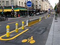 כביש שהפך לשביל אופניים בפריז / צילום: Lafargue Raphael, רויטרס