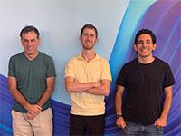אמיר נוה (ימין), ניר מינרבי ויהודה נוה / צילום: חברת קלאסיק