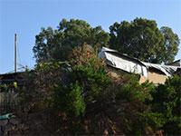 בית להריסה בכפר שלם בתוואי הקו הסגול. הפיצויים ישולמו רק 90 ימים לאחר תפיסת החזקה בקרקע  / צילום: בר אל, גלובס