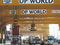 אזור הסחר החופשי ג'בל עלי, בדובאי. מרכז יצוא רכב מקביל מהגדולים בעולם / צילום: רויטרס