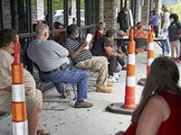 """מובטלים בארה""""ב. אין יותר דבר כזה אבטלה נמוכה מדי  / צילום: Nati Harnik, Associated Press"""