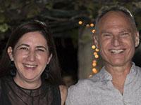 """ד""""ר אמירה פז וד""""ר רון בן-יצחק, בעלי החברה בשיבה בריאה / צילום: תמונה פרטית"""