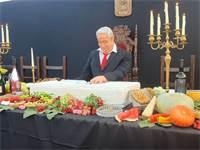 """מיצג """"הסעודה האחרונה"""" בכיכר רבין בת""""א / צילום: בר לביא, גלובס"""
