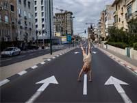 רחוב ריק בישראל בעקבות משבר הקורונה / צילום: Oded Balilty, Associated Press