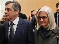 פרנסואה פילון ואישתו / צילום: Thibault Camus, AP