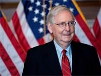 מיץ' מקונל, מנהיג סיעת הרוב הרפובליקנית בסנאט / צילום: Stefani Reynolds, רויטרס