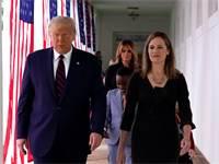 הנשיא טראמפ ומועמדתו לבית המשפט העליון, איימי קוני בארט / צילום: Alex Brandon, AP