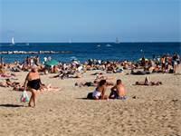 """חוף הים. איך ישראל התמקמה במקום ה-14 במדד האושר של האו""""ם / צילום: שאטרסטוק"""