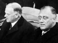 הנשיא היוצא הובר (משמאל) והנשיא הנכנס רוזוולט / צילום מתוך ויקימדיה - Photograph from Architect of the Capitol