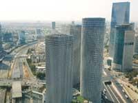 """בנייני המשרדים במרכז ת""""א./ צילום: גיא ליברמן"""