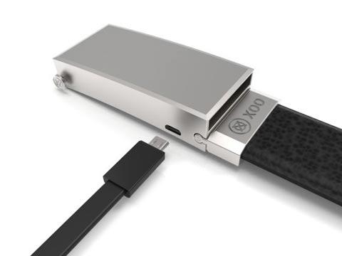 """חגורה שהיא גם מטען לסמארטפון Xoo Belt Nifty / צילום: יח""""צ"""