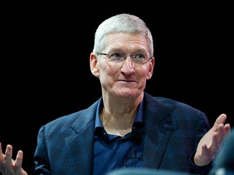 """טים קוק, מנכ""""ל אפל / צילום: רויטרס"""