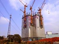 מגדל בבניה מהירה סין, מנופים / צילום: מהוידאו