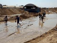 מצרים מציפה את מנהרות החמאס/ צילום: רויטרס