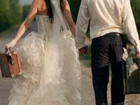 נישואים, חתן וכלה, כסף / צילום : שאטרסטוק