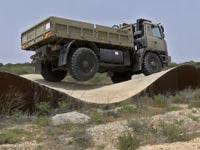 נאסא, בדיקות בטיחות לנשק ורכבים צבאיים / צילום: גלובס טיוי