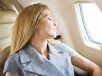 כיסאות חיבוק, שינה במטוסים, בואינג / צילום: שאטרסטוק