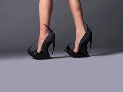 """נעליים במדפסת תלת ממד united nude / צילום: יח""""צ"""