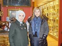 אמינה ארדואן, אשתו של טאיפ ארדואן, נשיא תורכיה / צילום: וידאו