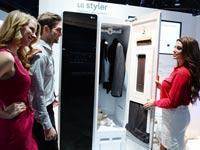 """ארון חכם לרענון בגדים  LG Styler / צילום: יח""""צ"""