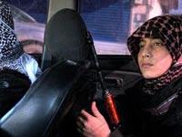 """ילד ואבא מכונית תופת דאע""""ש / צילום: מהוידאו"""