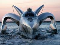 ספינת Earthrace / צילום: מהוידאו