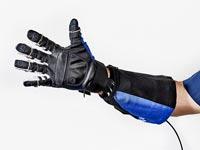 """כפפה רובוטינאס""""א, ג'נרל מוטרוס Roboglove / צילום: יח""""צ"""