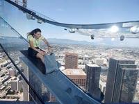 מגלשת השמיים הראשונה בעולם, לוס אנג'לס skyslide / צילום: וידאו