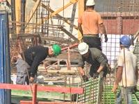 עובדים זרים, פועלי בניין, בנייה, דירות, בתים,, משבר הדיור / צילום: וידאו