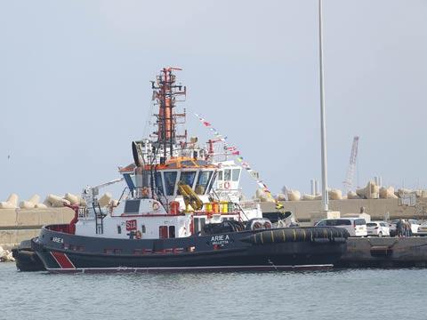 גוררת חדשה בנמל אשדוד, תובלה ימית, אנייה / צילום: פבל טולצינסקי