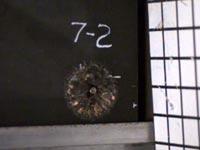 אפוד שמרסק כדורים, קצץ מתכתי, מדע, אוניברסיטת צפון קרוליינה / צילום: מהוידיאו