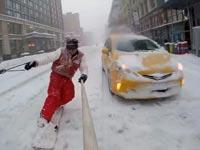 סנובורד ברחובות ניו יורק, סופת שלגים, יו טיוב, casey-neistat / צילום: וידאו