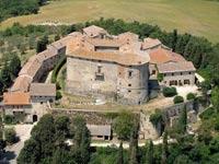 טירה למכירה באיטליה  Castle di Sismano / צילום: וידאו