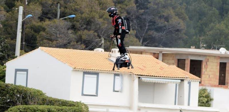 סקייטבורד מעופף לשימוש צבאי/ צילום: מהוידאו