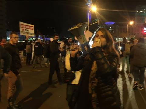 דפני ליף הפגנה נגד השחיתות/ צילום: מתוך הוידאו