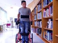 כיסא גלגלים בעמידה / צילום: מתוך הוידאו