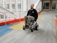 כיסא גלגלים עם לחץ אוויר/ צילום: מתוך הוידאו