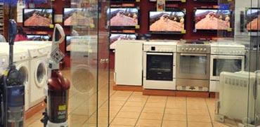 יוקר המחיה: כחלון מוריד מסי קנייה ומכסים
