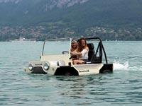 רכב אמפיבי צילום: Lazareth Auto-Moto