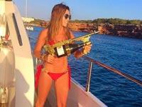ילדי העשירים יורים שמפניה/ צילום: מתוך האינסטגרם