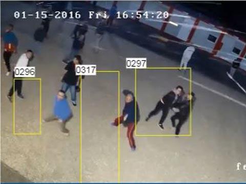 מצלמות אבטחה ברחוב/צילום : מתוך  מצלמת אבטחה