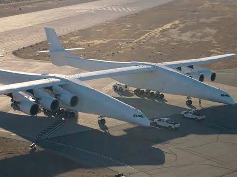 המטוס הגדול בעולם/ צילום: מתוך הוידאו